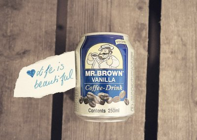 LIFE IS BEAUTIFUL MR.BROWN